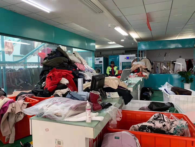洁佳工厂运用尤萨系统一家收衣点没开日洗量达到800-1000件你想知道是为什么吗?